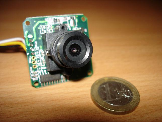Vraiment minuscule cette caméra !